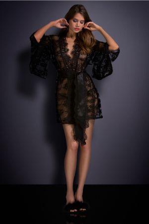 Black Reverie Kimono